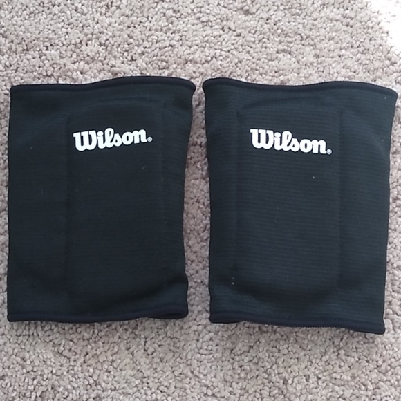 Junior reversible knee pads